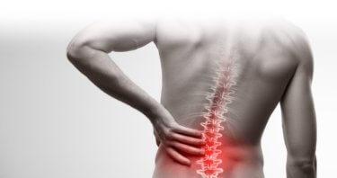 腸腰靭帯が原因の腰痛